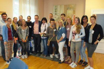 """El alcalde de Don Benito recibe a estudiantes alemanes del programa """"Erasmus Plus"""""""