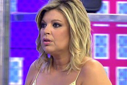 Terelu, linchada por su compañeros por no informar en 'Sálvame' de su ruptura sentimental y hacer negocio