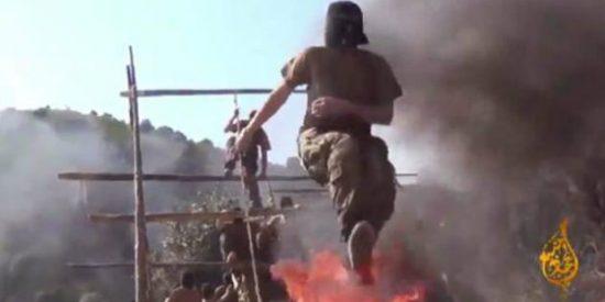 Vídeo secreto del feroz entrenamiento de los asesinos del Estado Islámico