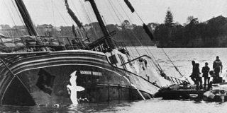 Un espía pide perdón 30 años después por hundir un barco de Greenpeace