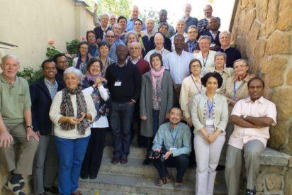 'VIVAT International' celebró su primer encuentro en España