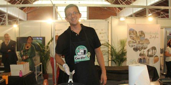 El Stand de Zafra acogió una demostración de cocina en directo con Antonio Granero