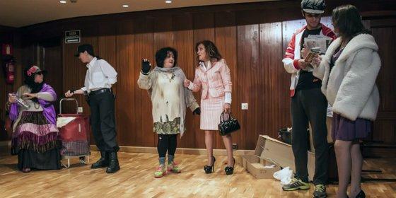 Los artistas de la Once se suben al escenario de El Corte Inglés de Badajoz