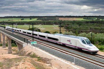 Hasta 7.000 viajeros afectados por la paralización del AVE en Cataluña