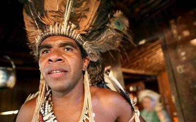 Babau Tupinambá, el indio rebelde que enfrenta al poder político y económico brasileño
