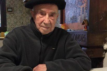 Los tres obispos vascos homenajean al centenario misionero Bittor Garaigordobil
