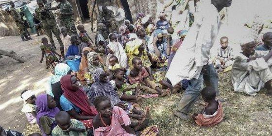 El Ejército nigeriano libera a 338 personas secuestradas por Boko Haram