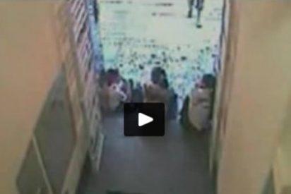 [Vídeo] El despechado vacía el cargador en la cara de su exnovia