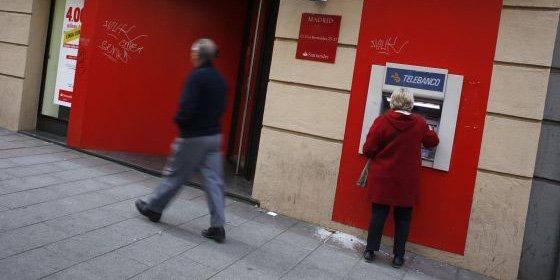 El Congreso certifica hoy el fin de las dobles comisiones en los cajeros para los bancos