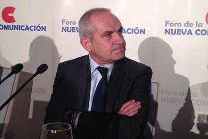 """¡Señores, este es el director de El País, Antonio Caño!: """"No suelo hablar de política"""""""