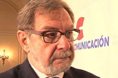 Juan Luis Cebrián considera 'insensato' que el Gobierno Rajoy haya dado más canales a Atresmedia y Mediaset