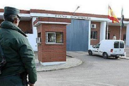 Los Delegados del Centro Penitenciario de Cáceres se encierran