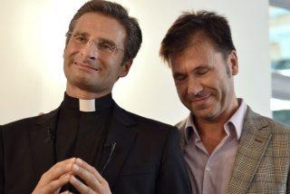 """Charamsa, suspendido del ejercicio del sacerdocio por su obispo """"por defender postulados contrarios a la fe"""""""