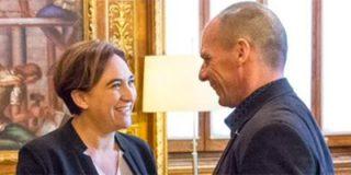 Reunión Ada Colau y Yanis Varoufakis: Dios los cría y ellos se juntan...para traer la bancarrota