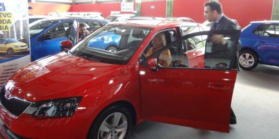 Cristina Herrera anuncia que Extremadura tiene la media más alta de vehículos antiguos