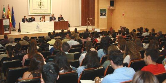 Un centenar de médicos asisten en Cáceres al sexto curso de actualización en Neumología