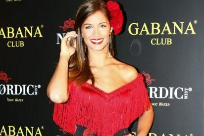 Así posaba la nueva novia de Renella con Malena Costa en ropa interior