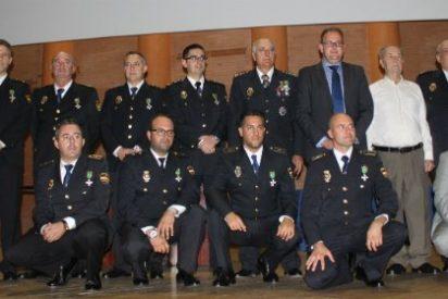 El alcalde de Mérida celebró con la Policía Nacional la festividad de su patrón
