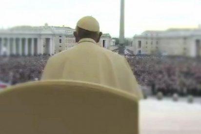 """Papa: """"Es necesario restituir el honor social a la fidelidad del amor"""""""