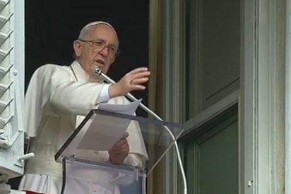 """El Papa recuerda a las familias de los refugiados """"a las que la Iglesia no abandona"""""""