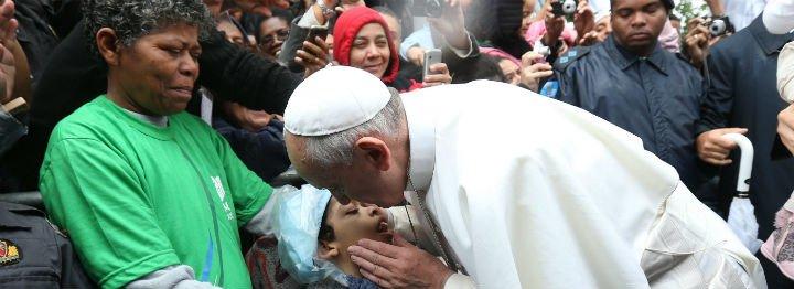 El Vaticano desmiente que el Papa tenga un cáncer en el cerebro