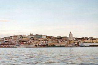 Portugal da marcha atrás en el desconfinamiento y cierra los suburbios de Lisboa por un brote de coronavirus