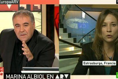"""Ferreras deja calladita a la eurodiputada de IU que se las daba de antimonárquica: """"¿Y cuando van a La Zarzuela no están legalizando la Corona?"""""""