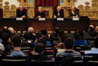 """""""La interpretación de la Biblia"""", a debate en la Upsa"""