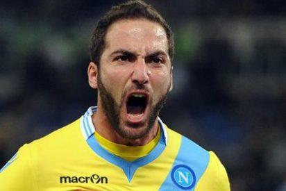 El agente de Higuaín ofrece al delantero en la Liga BBVA