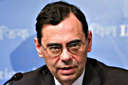 Jaime Caruana advierte de los riesgos acumulativos de mantener los tipos bajos