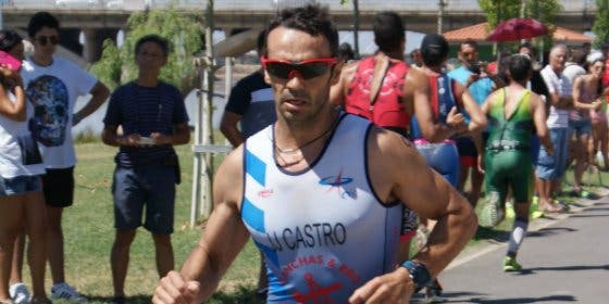 José Joaquín Castro, triatleta del CAPEX, vence en el Duatlón Cross Supersprint de Monesterio