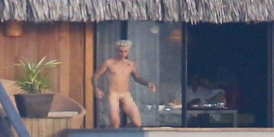 Cuando pillaron en 'desnudo frontal' a Justin Bieber y ardió hasta Bora Bora
