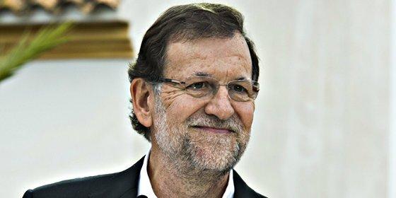 """Mariano Rajoy promete a España la mejor legislatura de la democracia frente a un """"desorientado"""" PSOE"""