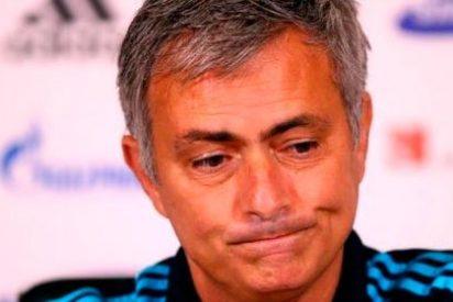 Mourinho la lía parda con un niño de 14 años
