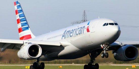 ¡Emergencia a bordo! Muere un piloto de American Airlines en el vuelo