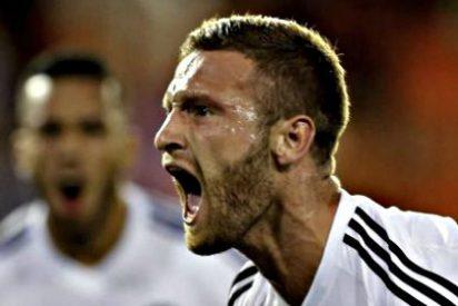 La respuesta del agente de Mustafi al interés de Barcelona, Bayern y Manchester