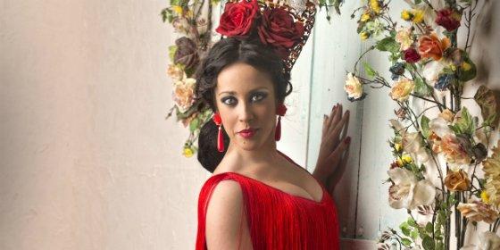 Nayara Madera se sube al escenario de Ámbito Cultural de El Corte Inglés de Badajoz