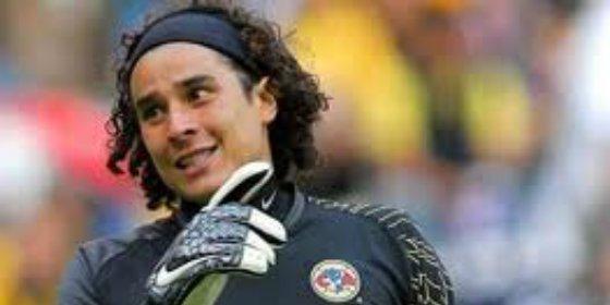 El agente de Ochoa da el nombre del sorprendente equipo que quiso sacarlo del Málaga