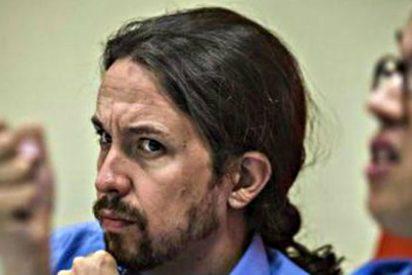 Pablo Iglesias alias 'Coleta Morada' está agotado y sale escopetado del Parlamento Europeo