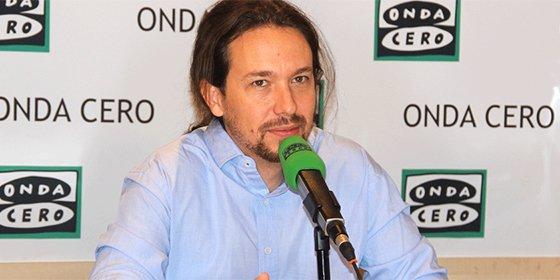 """Pablo Iglesias enumera sus virtudes en Onda Cero y Carlos Alsina exclama: """"¡Esto es un comienzo de entrevista de no tengo abuela!"""""""