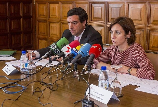 la Concejal Paloma Rivero denuncia que falsificaron su firma para un pago de horas extras
