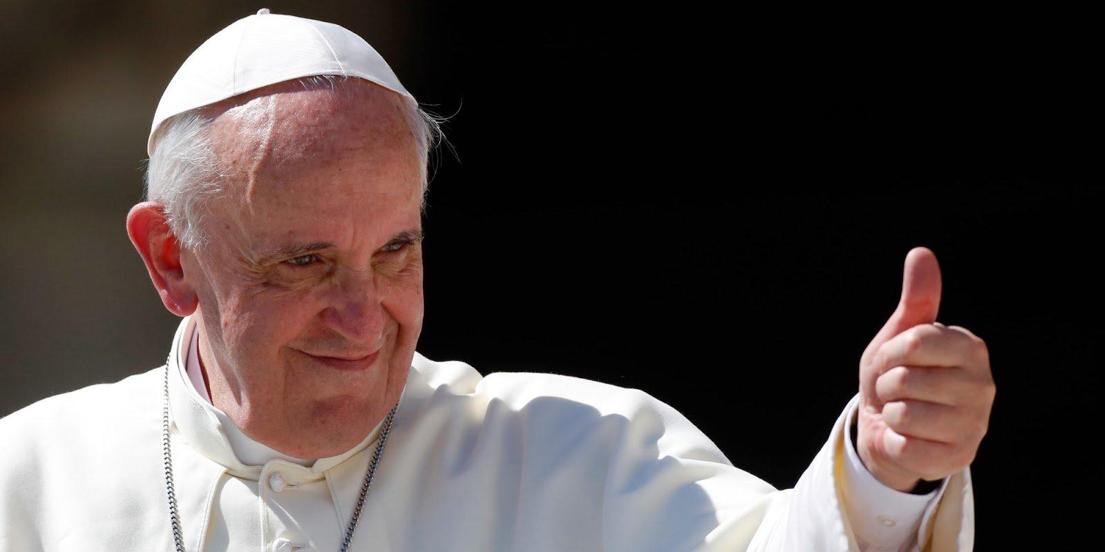 Papa anima al foro de Cochabamba a tener en cuenta a las personas