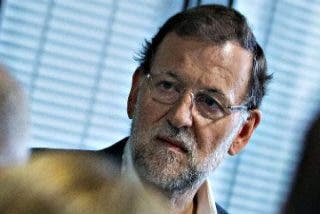 Mariano Rajoy disuelve; todo un pasado se disuelve poco a poco.