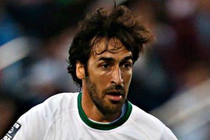 Raúl, que tiene ya 38 años, anuncia que cuelga las botas y se retira definitivamente