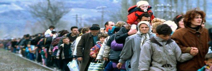 Francisco pide evitar desde el origen la huída de inmigrantes y refugiados