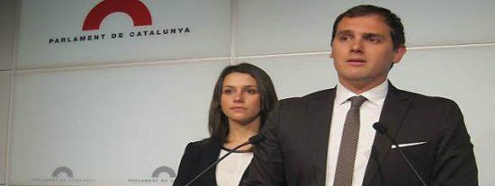 """Ignacio Camacho da en la diana de la fuga de votos del PP: """"La clase media le ha puesto los cuernos al marianismo con la derecha bonita"""""""