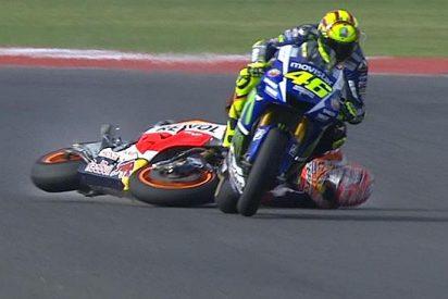 Márquez rompe su silencio y habla tras ser tirado por Rossi