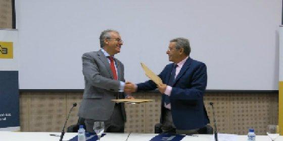 30 titulados de la UEx se beneficiarán del III Programa de Becas para Empresas Extremeñas