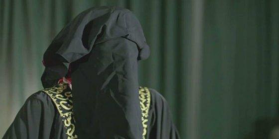 La macabra profesora que lava el cerebro a los niños para convertirlos en asesinos yihadistas