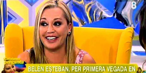 """Belén Esteban acude a la televisión catalana para criticar el independentismo y la insultan: """"¡Deja esa sonrisa, idiota!"""""""
